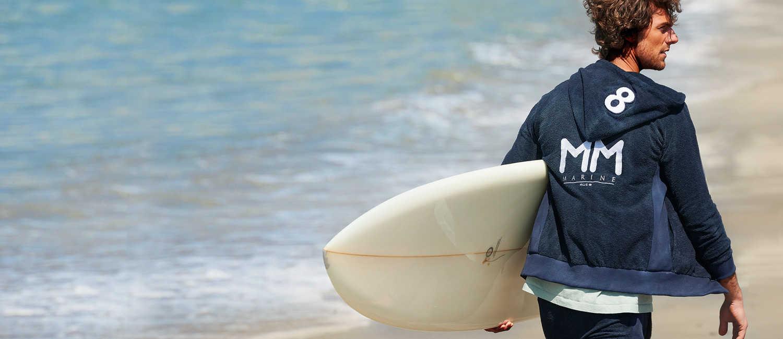 """大人サーファーに似合う〈ムータ〉×〈ロイヤル フラッシュ〉のフーディ!""""波""""乗り好きの男だったら 海上がりに快適パイルの1着を!"""