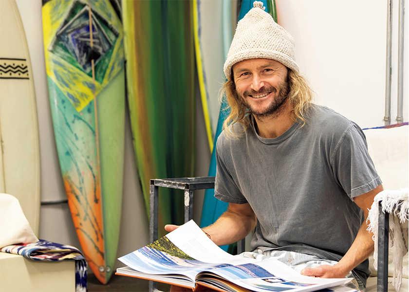 今、カリフォルニアで注目される新世代サーファーの「波乗り一代記」 vol.15元プロサーファーの経験が名ボードを生む