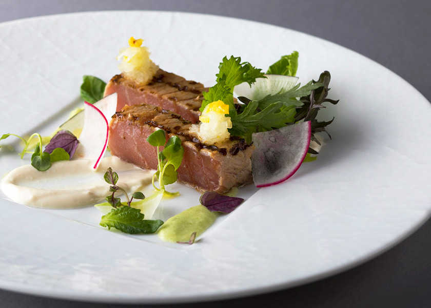 カラダが喜ぶヘルシー料理! 東京ステーションホテル〈ブラン ルージュ〉免疫力アップのコース料理!