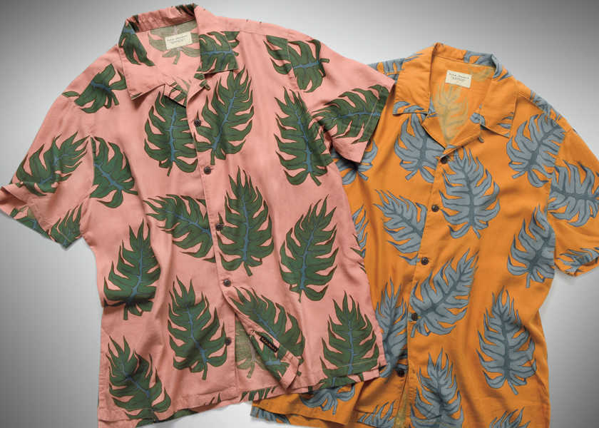 FOCUS ON 今月注目したいモノ・コト街で着るアロハシャツは渋色でモダンな柄に限る!