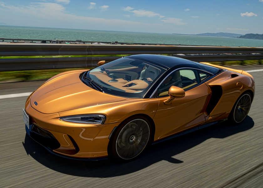 """【1000km試乗】""""疲れない""""から楽しめる! 〈マクラーレン〉GTの真価とは?"""