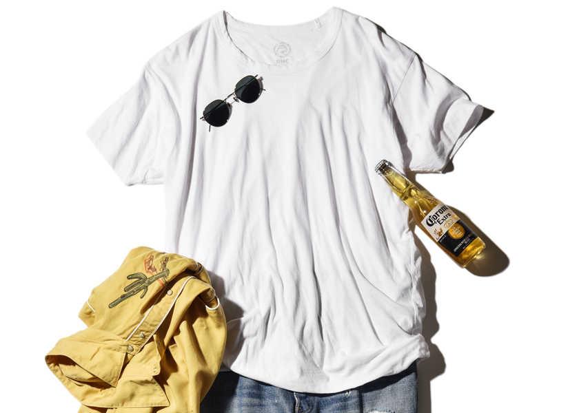 大人のお洒落コーデ集!定番デニム姿もTシャツ選びで差がつく!