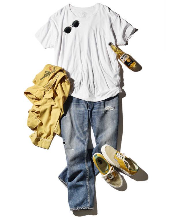 定番デニム姿もTシャツ選びで差がつく!