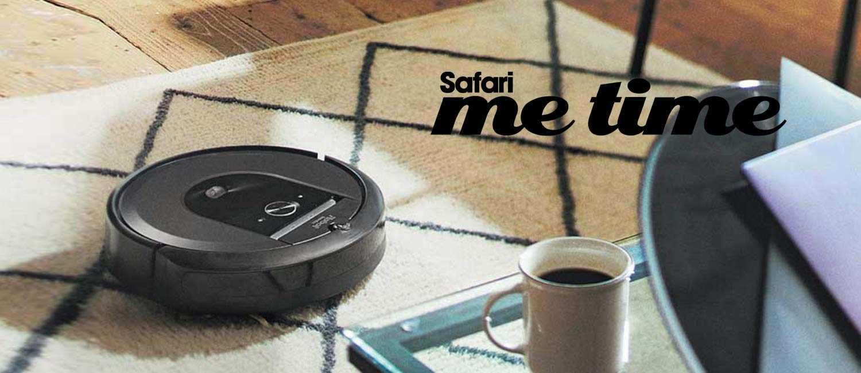 """〈アイロボット〉が忙しい年末に余裕と時間を作ってくれる。面倒な床掃除は""""お掃除ロボ""""にお任せ。"""