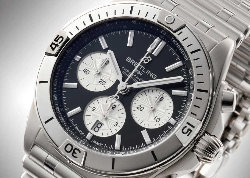 """FOCUS ON 今月注目したいモノ・コト〈ブライトリング〉""""限定""""がもたらす満足感を特別な腕時計で毎日味わってみる!?"""