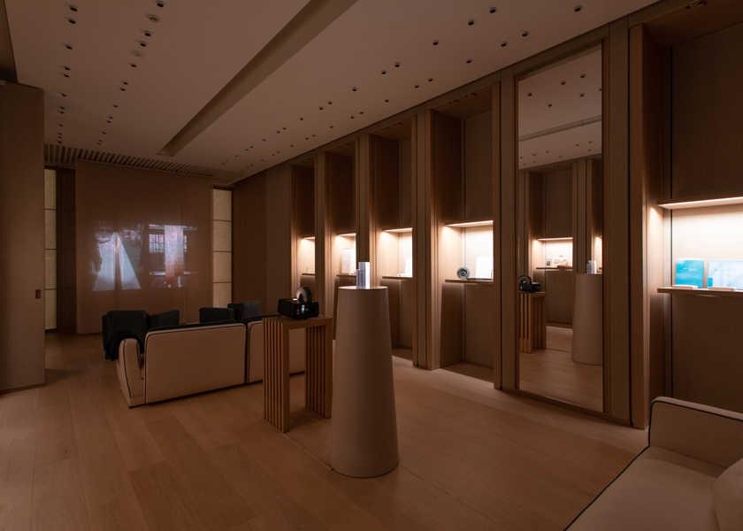 〈ロロ・ピアーナ〉のVIPルームで銀座店誕生のデザイン思考を知る!