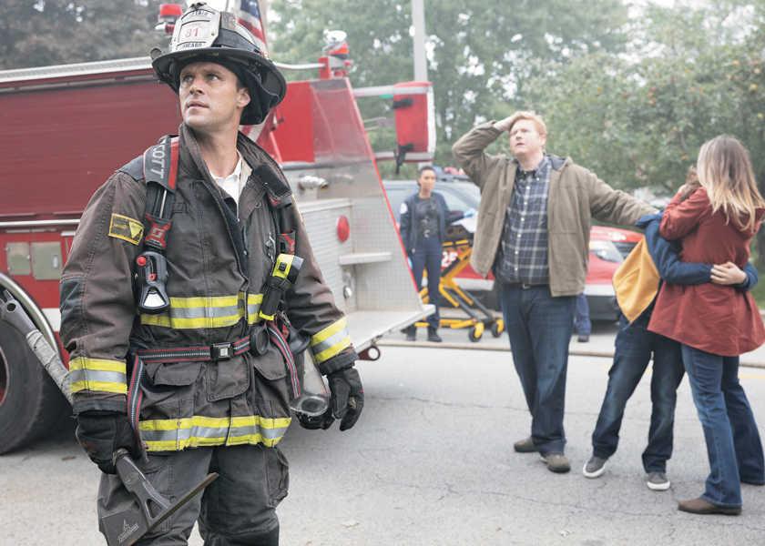お洒落セレブも登場の海外ドラマの注目トピック! AXN BUZZ vol.32消防士たちが繰り広げるアツいドラマが再熱!?『シカゴ・ファイア シーズン8』