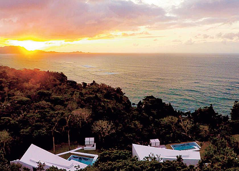 """【短期集中連載】夏の""""逃避旅""""は贅沢な個性派リゾートへ! Resort 05:ヴィラ海 VS 丘、一棟独立型ヴィラで自然に没入!"""