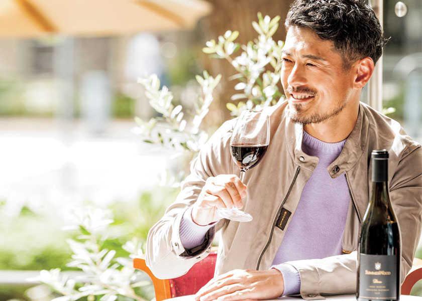 〈サマーウッドワイン〉の赤ワイン西海岸生まれの1本で心地よい休日時間を!