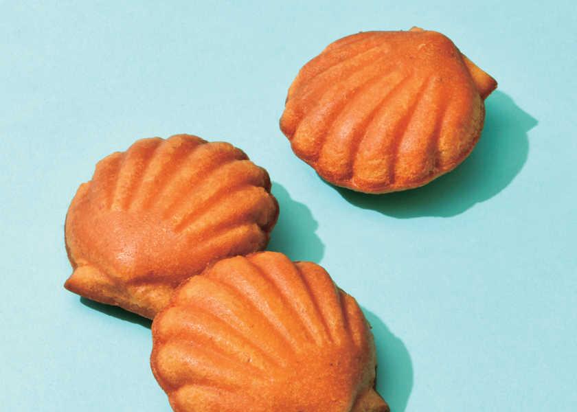 美人秘書の手土産 [マドレーヌ専門店 金の貝殻のマドレーヌ ブール]しっとりとした口当たりと発酵バターの香りを楽しむ極上マドレーヌ !