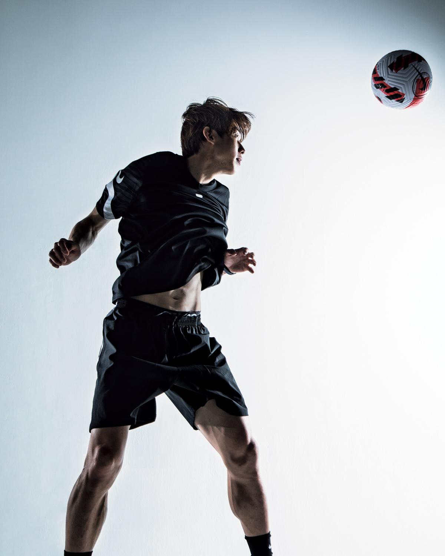 なんでもこなす万能型FW、【大迫勇也】はこだわらない! 型にはまらず、自由にお洒落もサッカーも楽しむ!