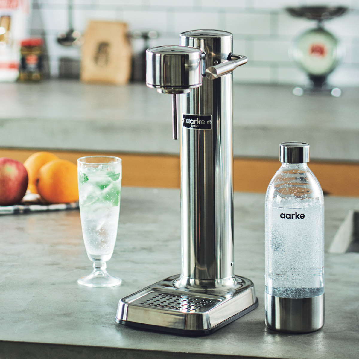 キッチンに映える男らしいデザインの炭酸水サーバー!