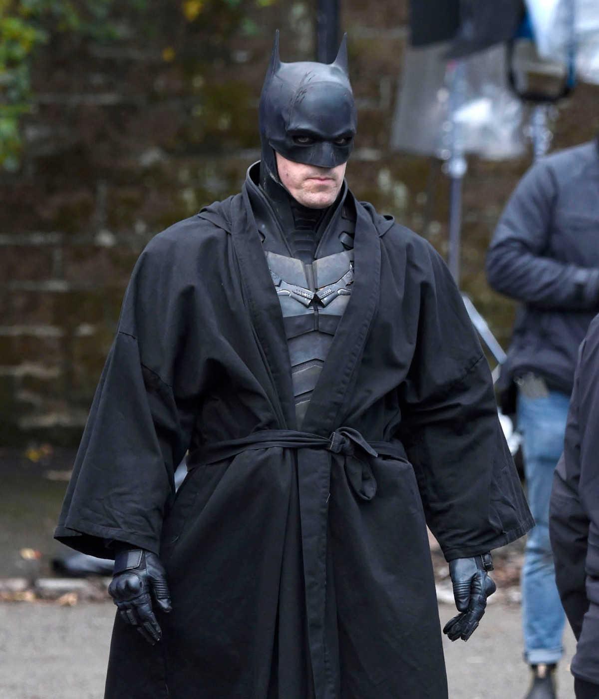 新バットマンの撮影現場を再びキャッチ! ロバート・パティンソンの姿も確認!