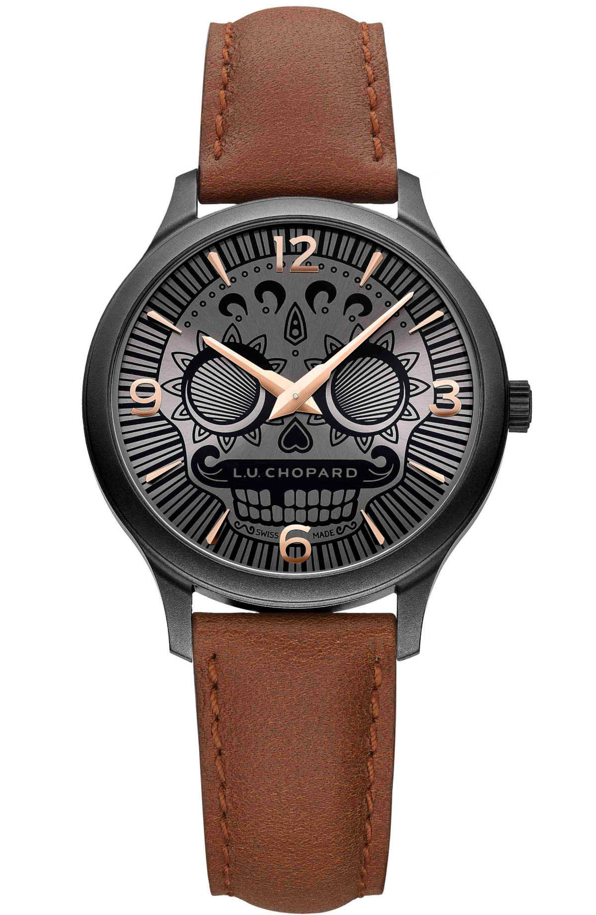 〈ショパール〉の限定時計は 文字盤のスカル顔がとってもユニーク!