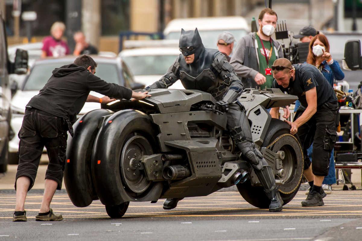 【驚愕】バットマンが乗るNEWバイクとは!?