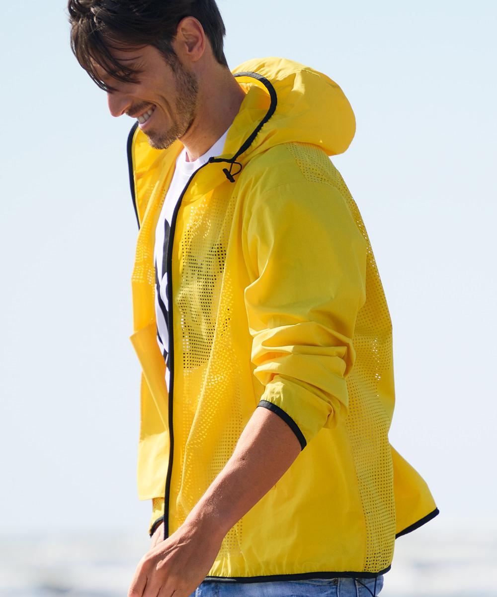 ランニングスポーツジャケット