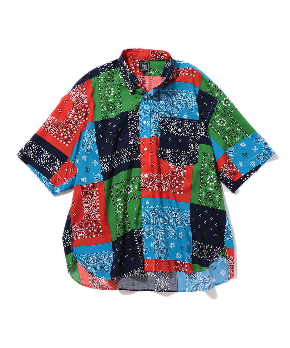 バンダナ柄ボタンダウンシャツ