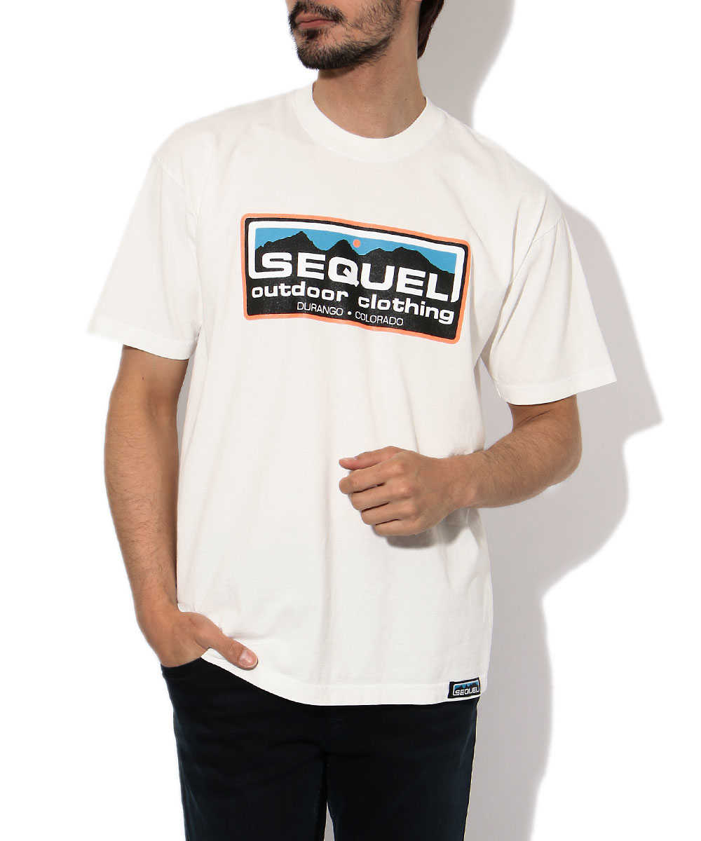 クルーネックロゴプリントTシャツ