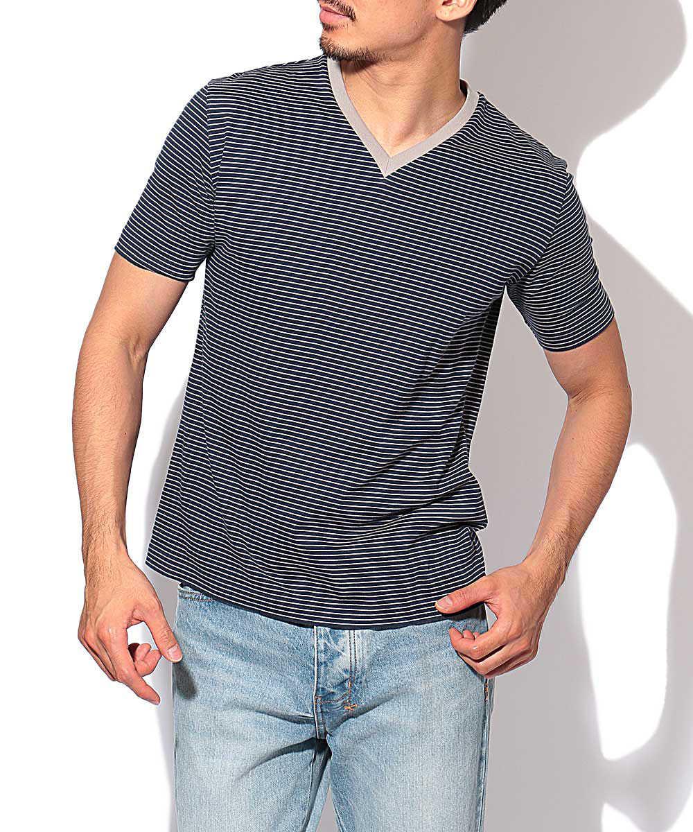 ボーダー柄VネックTシャツ
