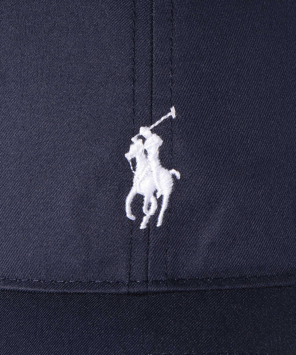 ロゴ刺繍キャップ