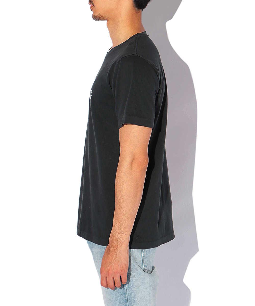 """【限定商品】""""カリフォルニア""""ロゴクルーネックTシャツ"""