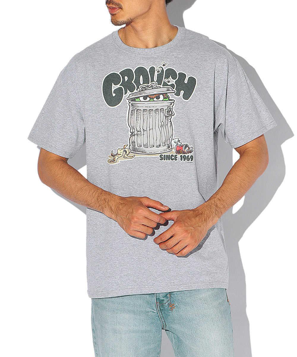 セサミストリートプリント柄クルーネックTシャツ