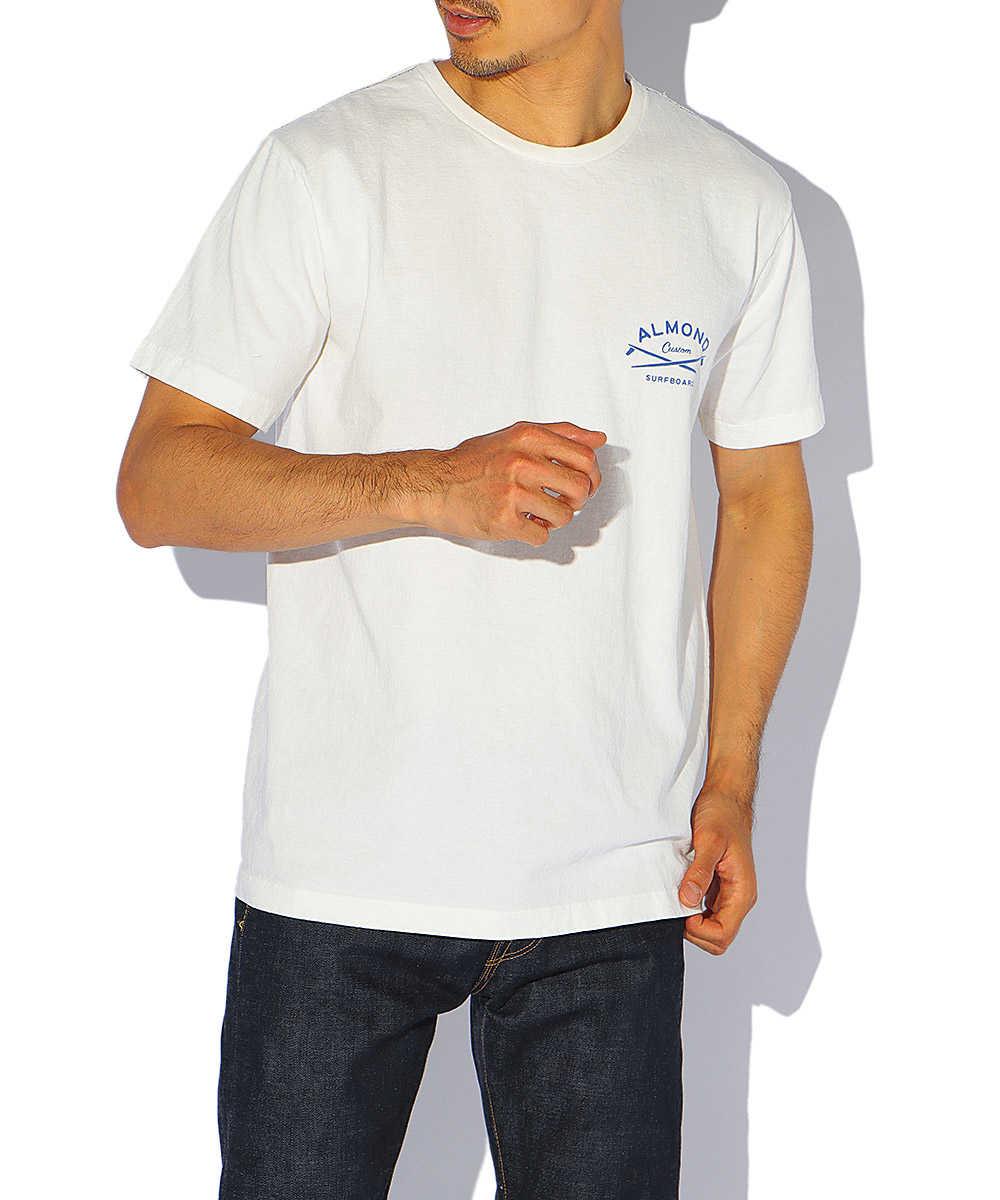 ワンポイントアーチロゴクルーネックTシャツ