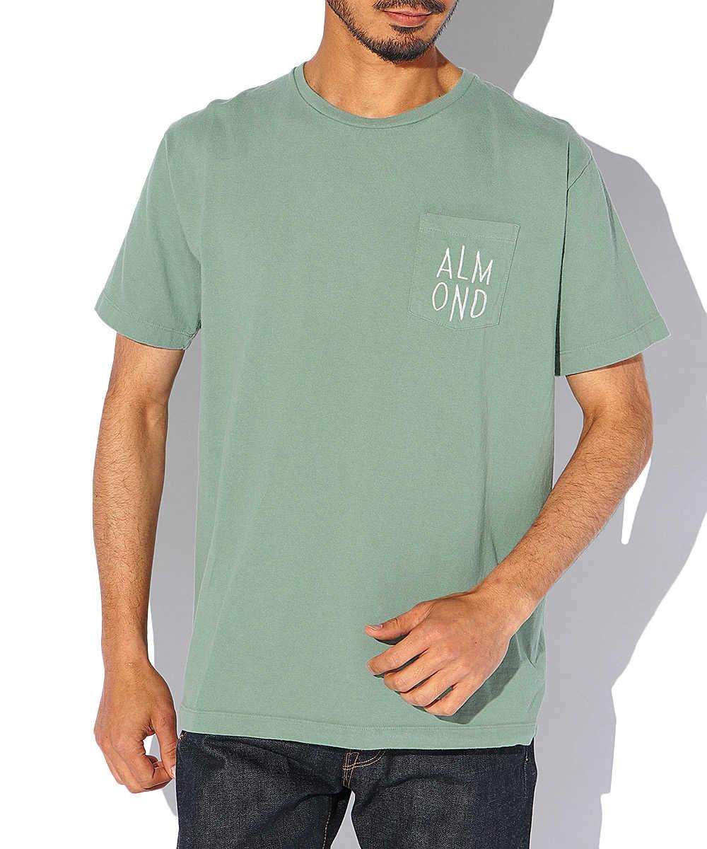 ロゴ刺繍ポケットクルーネックTシャツ