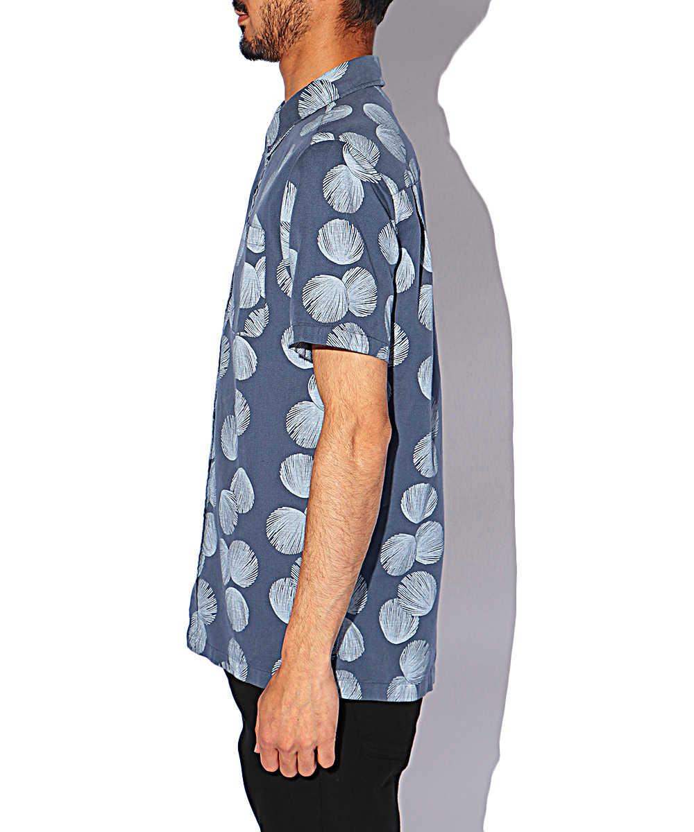ボタンダウン総柄半袖シャツ