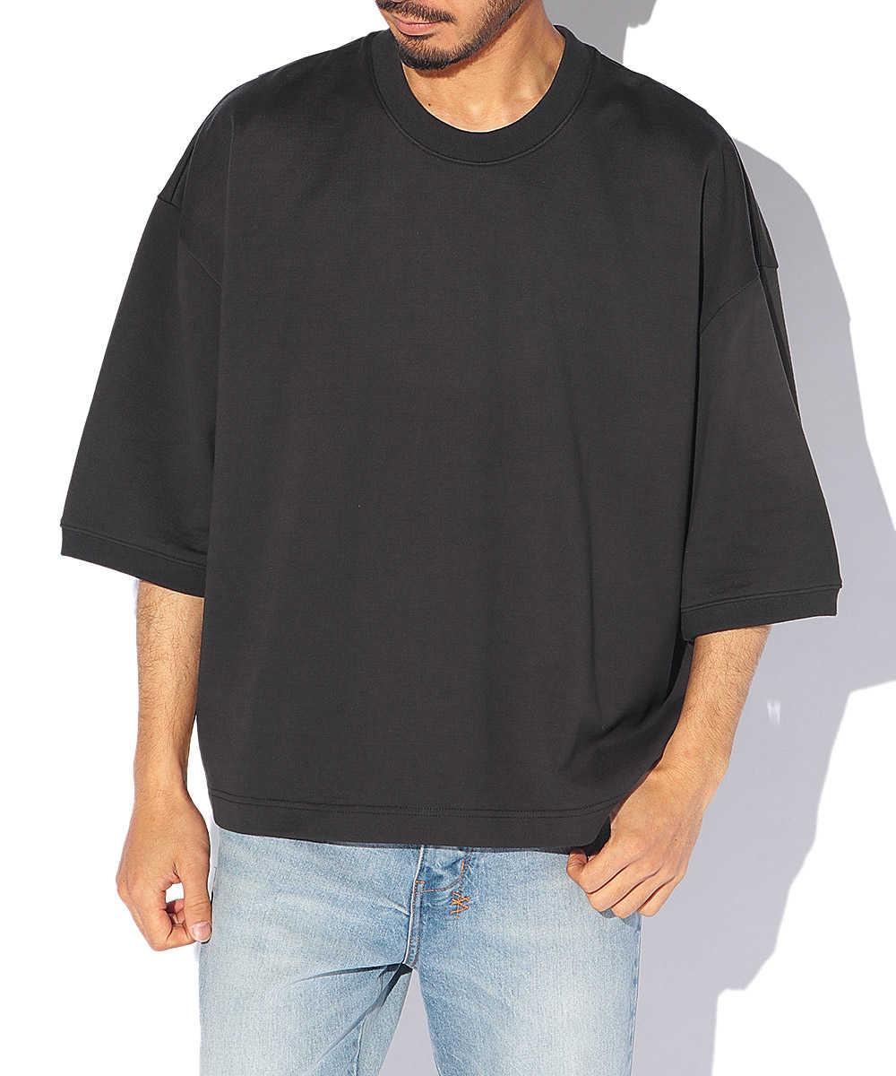 ドロップショルダークルーネックTシャツ